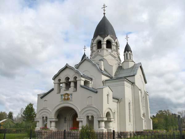 храм Алексия Московского